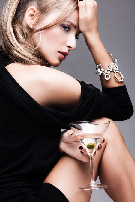 Плакат Девушка с мартини