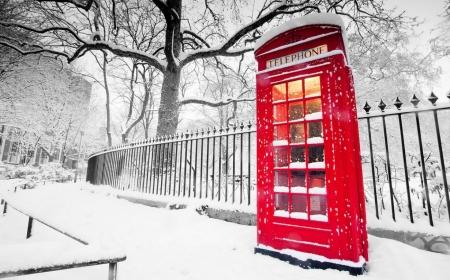 Постер на подрамнике Красная телефонная будка