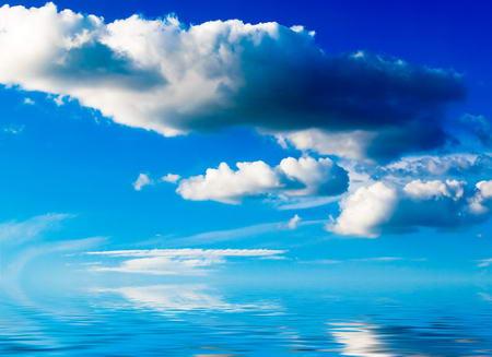 Постер (плакат) Облака в море