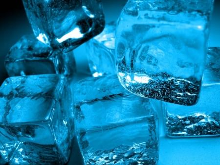 Постер на подрамнике Кусочки льда