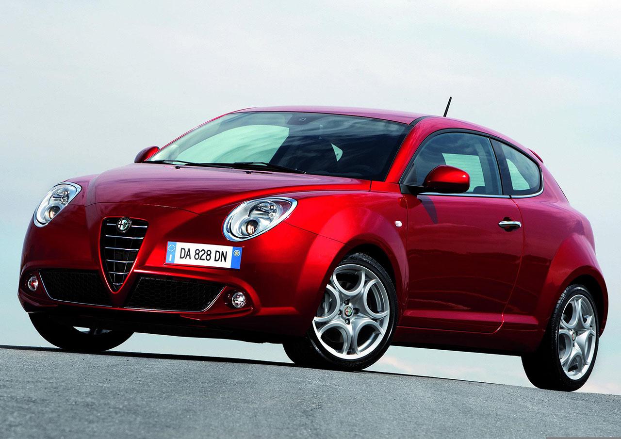 Постер на подрамнике Alfa Romeo-75