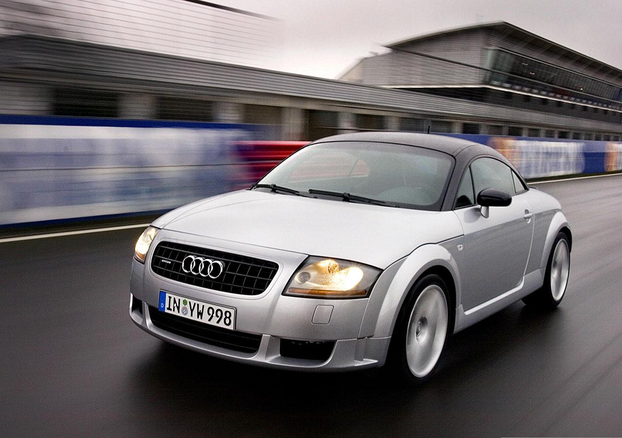 Постер на подрамнике Audi-100