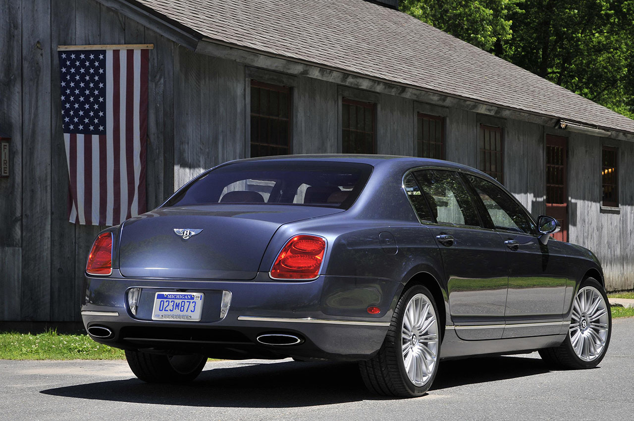 Постер на подрамнике Bentley-40