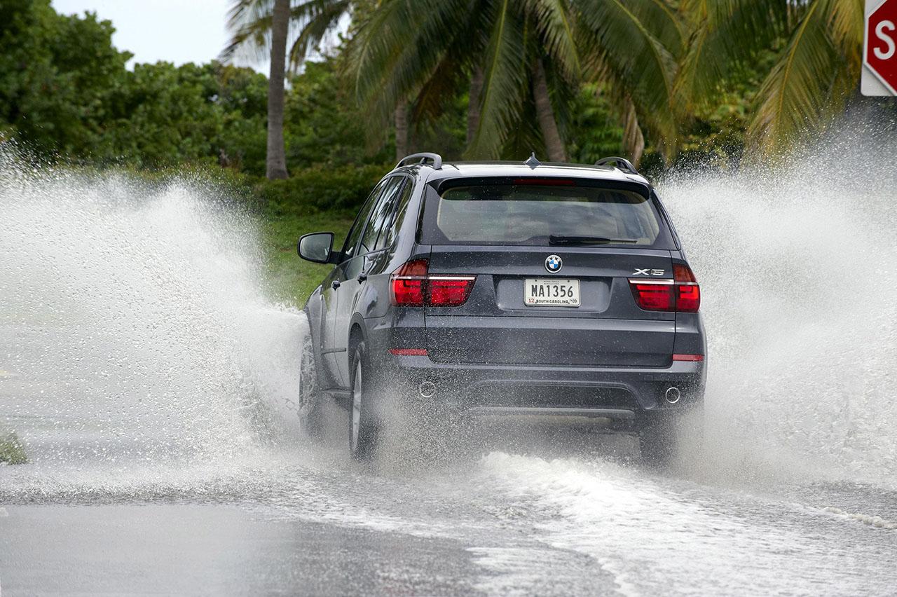 Постер на подрамнике БМВ (BMW)-141