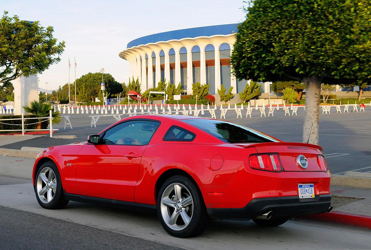 Постер на подрамнике Mustang-107