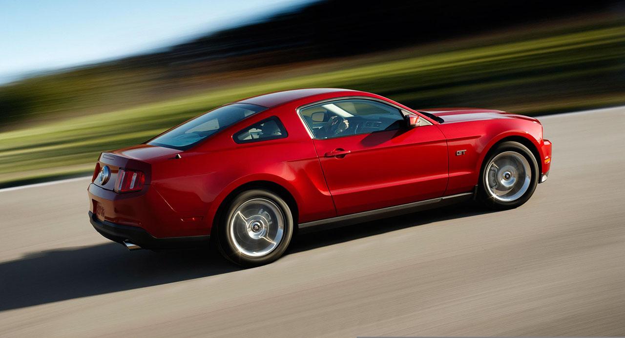 Постер на подрамнике Mustang-123