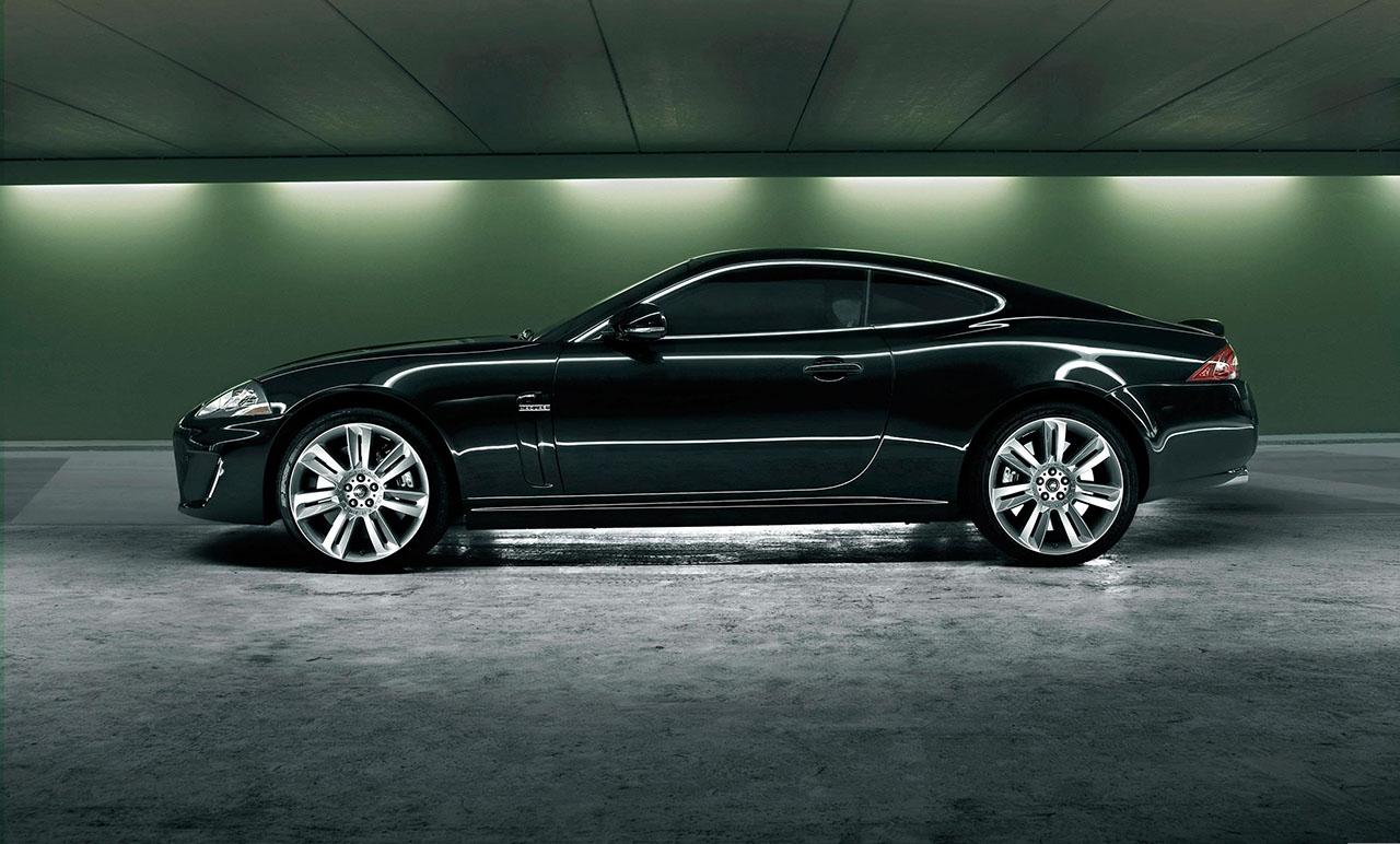 Постер на подрамнике Jaguar-114