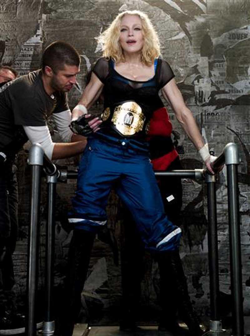 Постер на подрамнике Мадонна-472