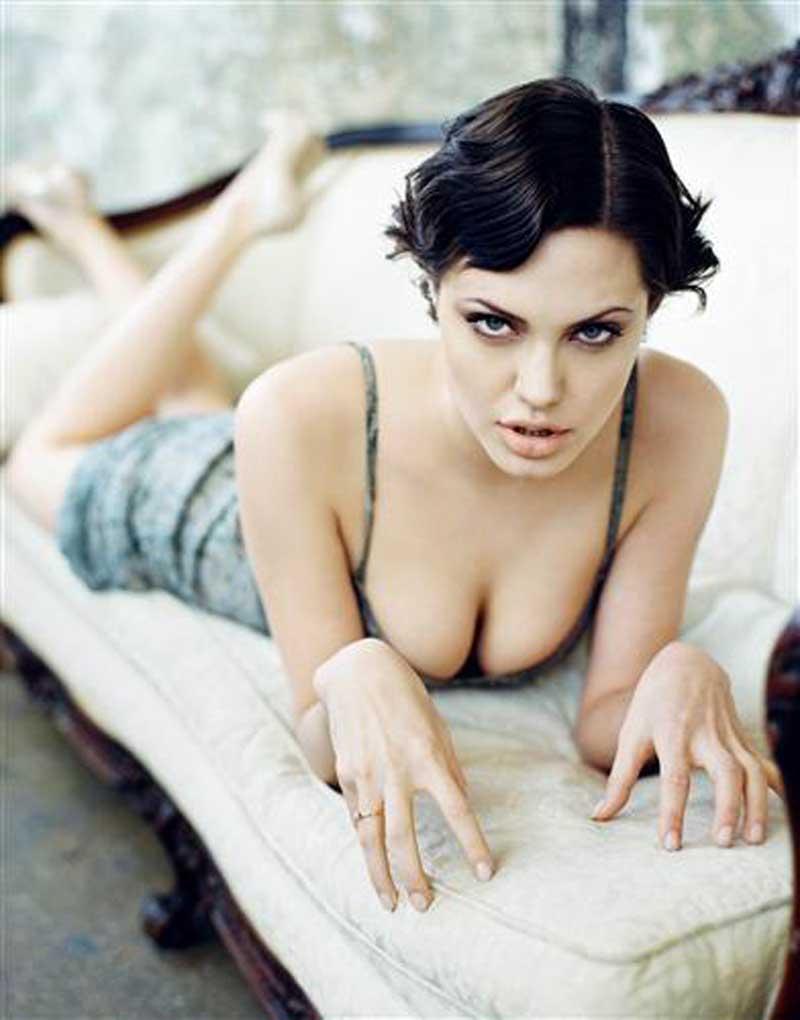 Плакат Анджелина Джоли-63